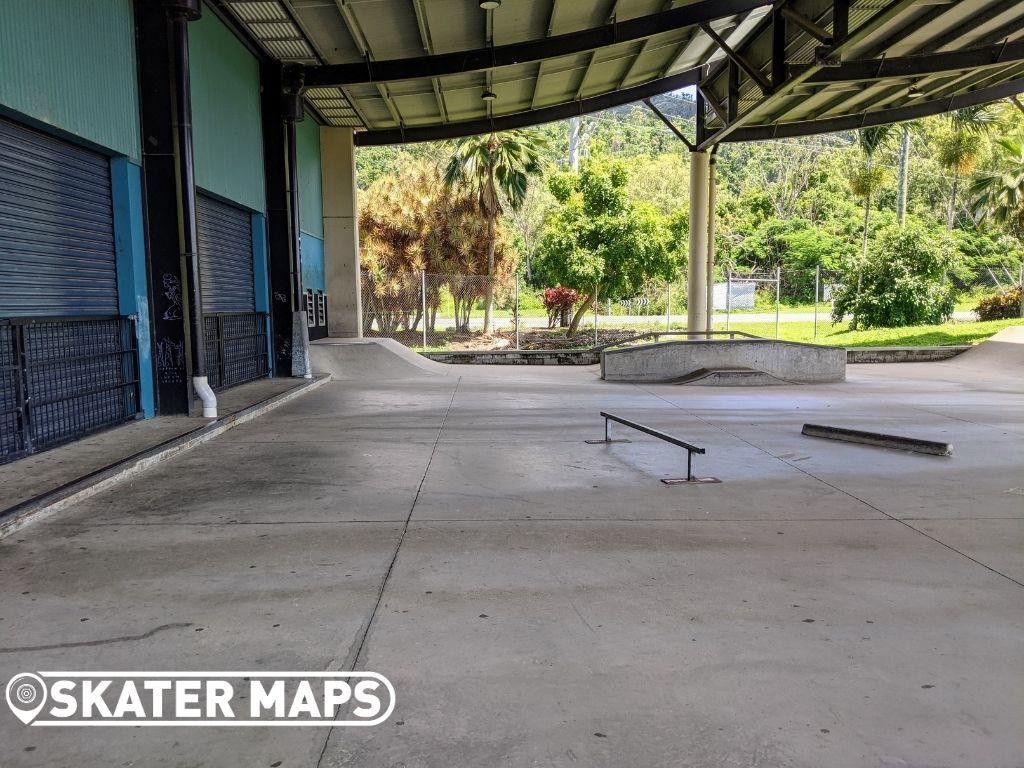 Airlie Skatepark Skateboard
