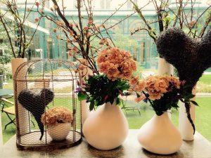Flower arrangement for February