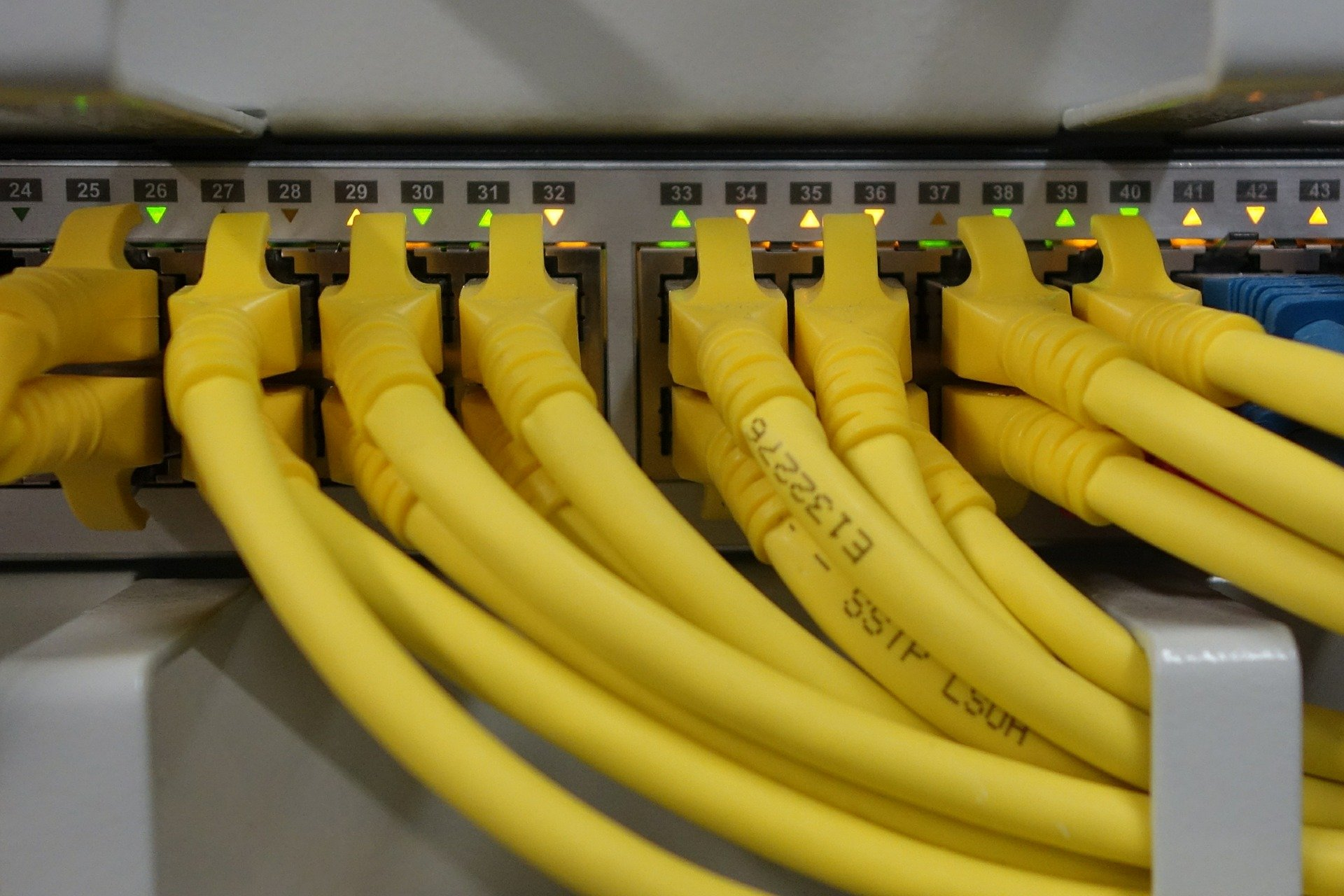 SITE SERVICES & CABLING