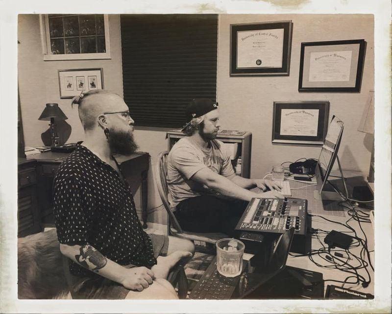 Para.docx in Studio