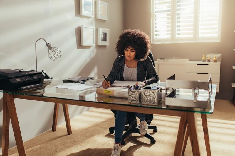 Jornada de trabalho híbrido - ganho e produtividade no escritório e em home office
