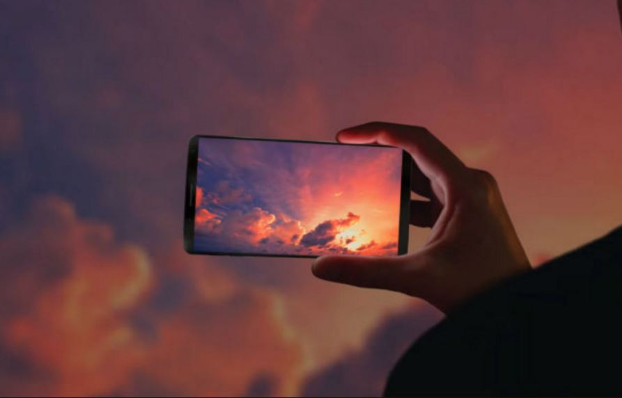 Samsung Galaxy S9 may release earlier than expected and will come with a 'new sensor'