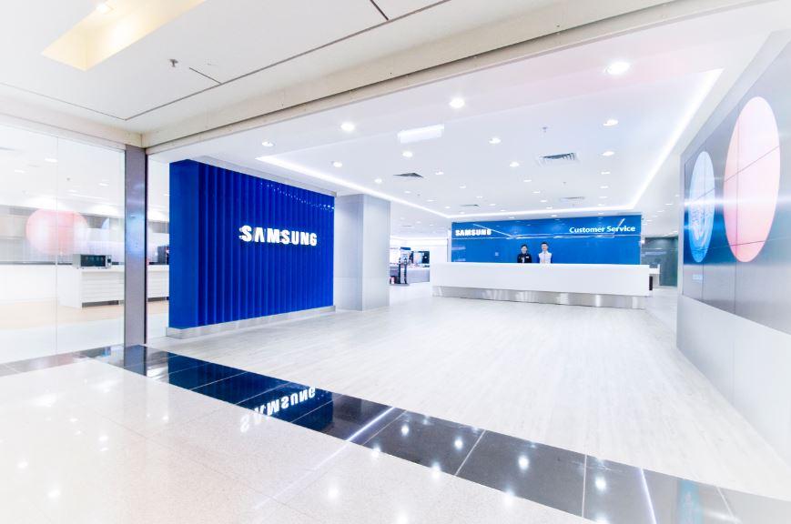 Samsung is putting its Bixby speaker development on hold