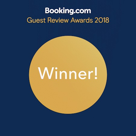 Arctic Paradise Bed and Breakfast recieves Booking.com Guest Review Award for 2017 and 2018