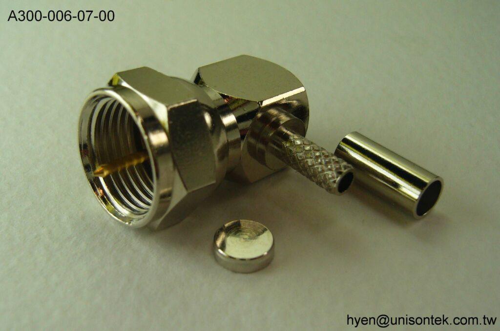 F016-RA PLUG for RG174 connector