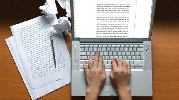 How to Hack Your College Essays