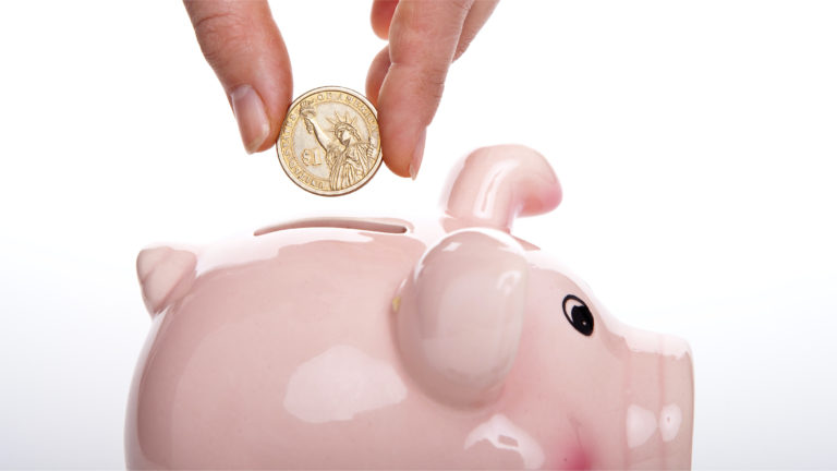 9 Money Saving Tips for College Students on a Budget