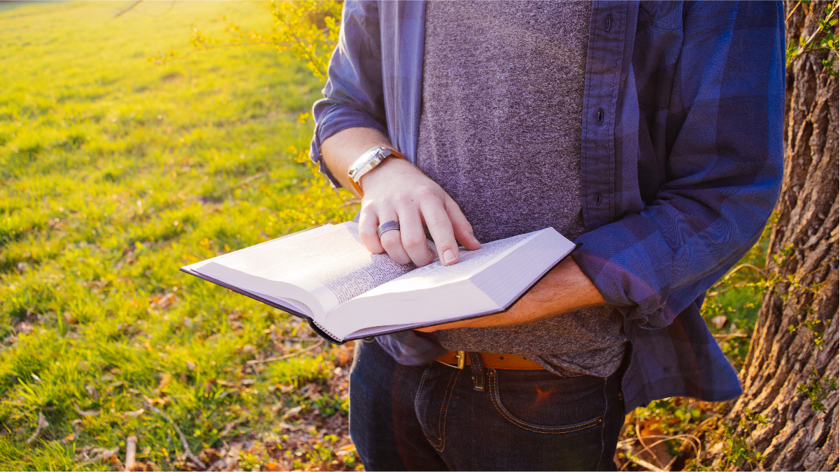 Must-Read Non-Fiction Books For College Students