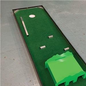 hole 17 portable mini golf course mobile miniature putt putt