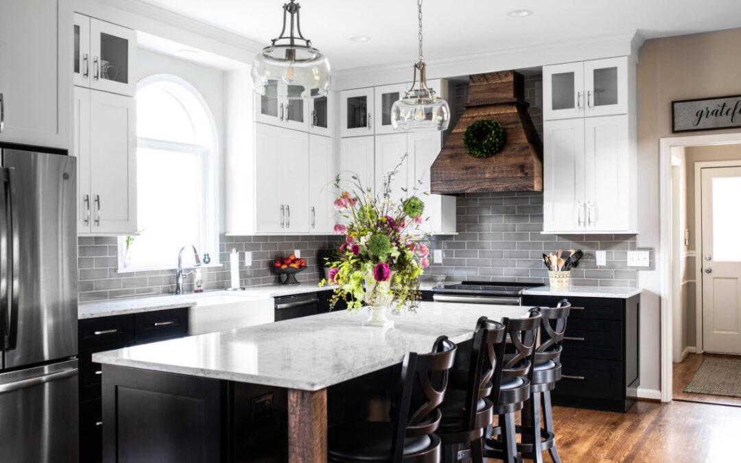On Trend – The Tuxedo Kitchen!