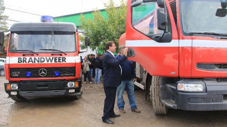 Weretilnek presenta un proyecto para asegurar bomberos contra accidentes y enfermedades