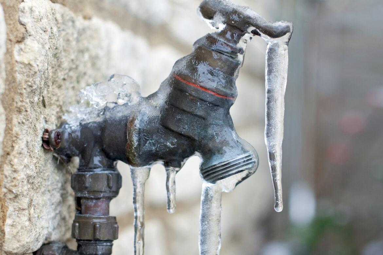 Consejos para proteger las cañerías de agua domiciliarias ante la ola de frío
