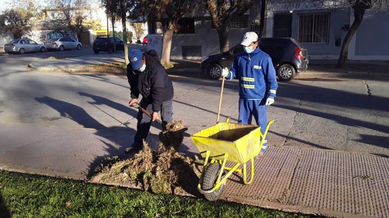 Se realizan diferentes tareas de limpieza en la ciudad