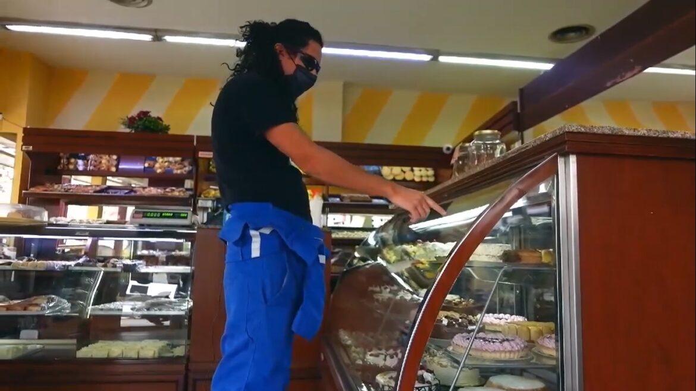 VIDEO: el petroca pasó por Roca y visitó La Baguette