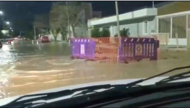 VIDEO: se inundaron las calles aledañas donde hoy trabajó ARSA