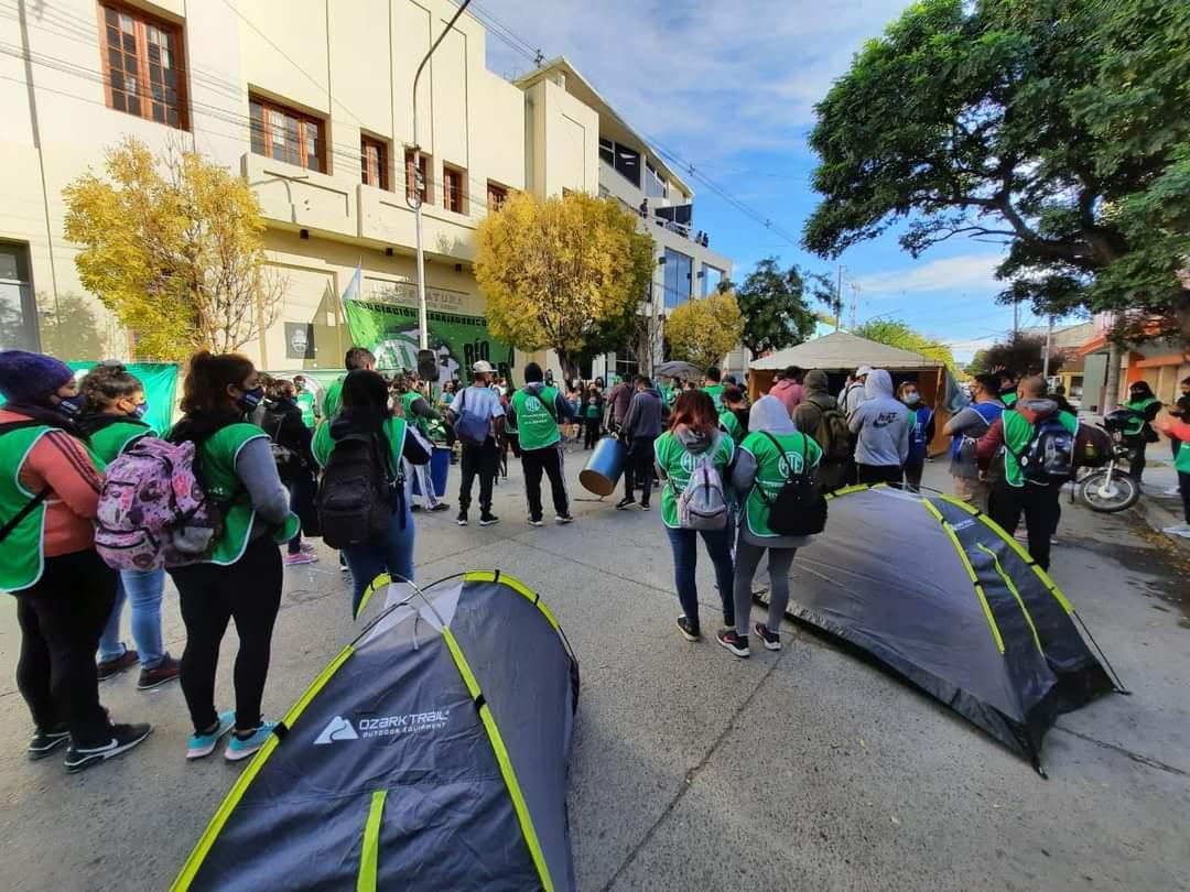 Pase a planta: Desde el martes ATE acampará en la Legislatura