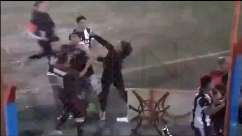 VIDEO: Tremendo «tole tole» se armó en un partido en el Luis Maiolino