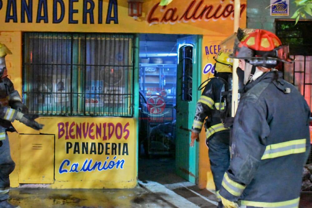 Principio de incendio en una panadería en Stefenelli