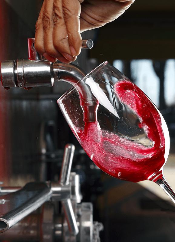 Wine with sulfites