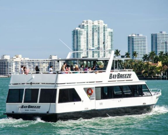 Biscayne Bay Boat Tour in Miami