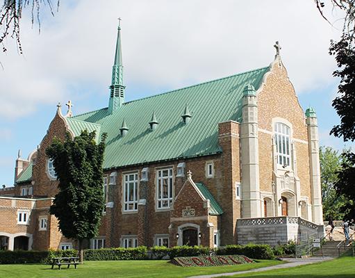 Chapel Community at Loyola
