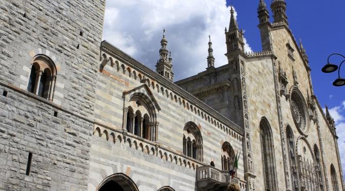 Duomo di Como on a Sunny Day