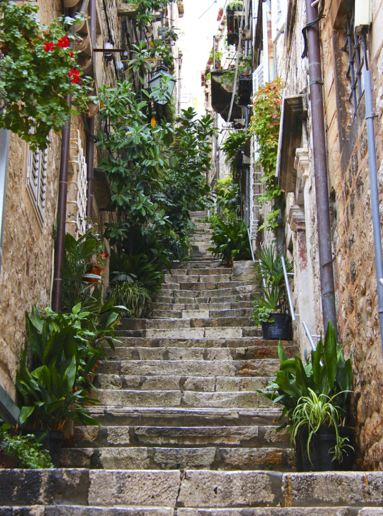 Lovely side streets wind up the side of the hill with long stairways