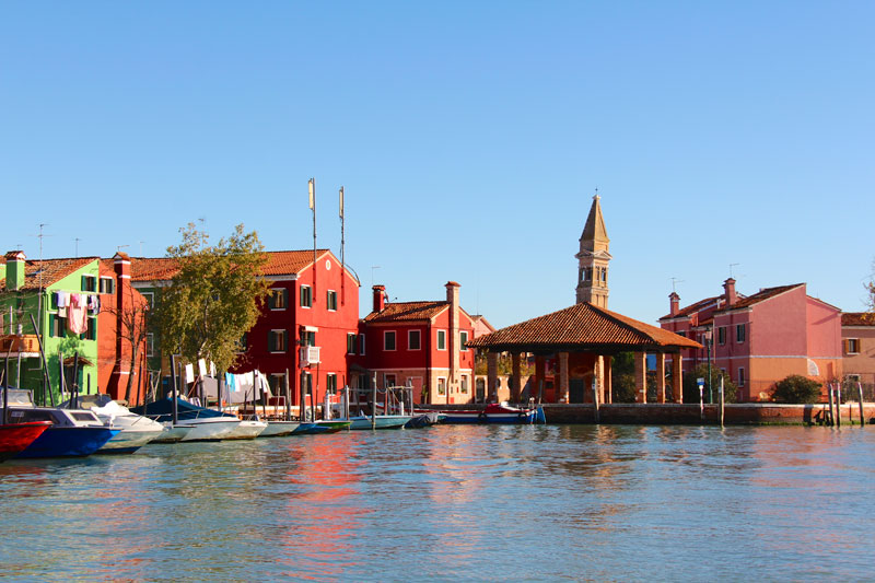 As we sailed toward Burano, we could clearly see the leaning bell tower (in the background)