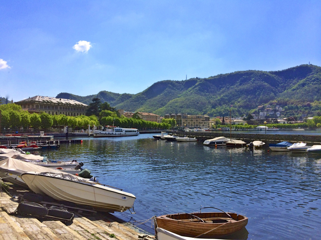 A picture of Lake Como as we walked around