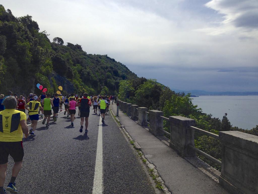 I had the sea to my right for almost the entire half-marathon