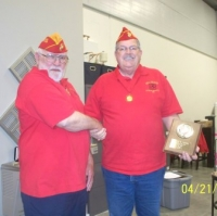 Apr 21, 2011_Art Kilton awarded Marine of the Year (2).JPG
