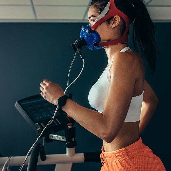 v02 on treadmill