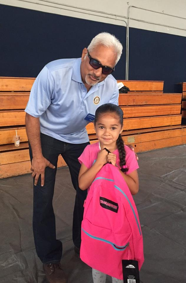 Backpacks Rotary Club of Irvine 15