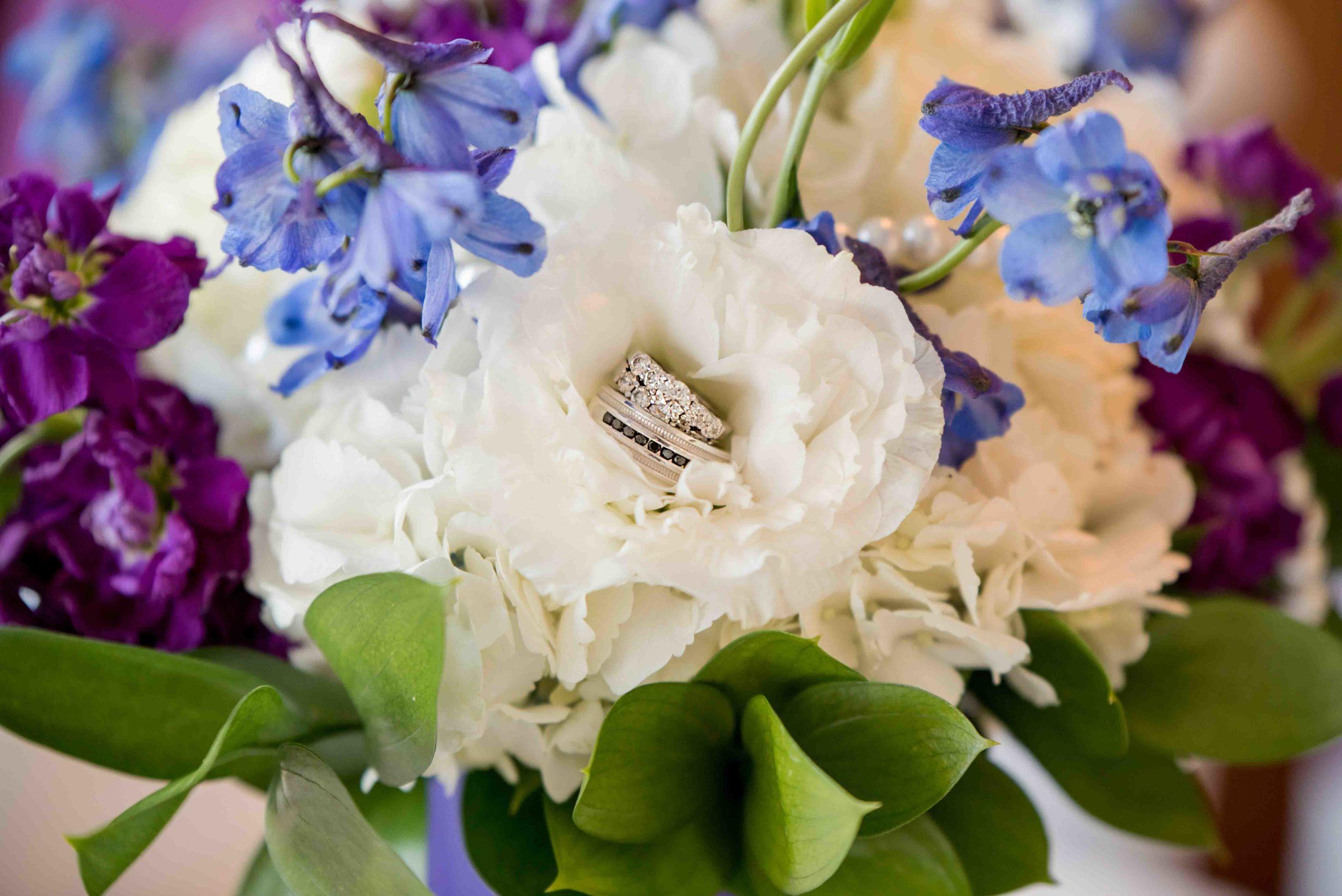 Wedding Ringe - Magnolia Blossom Cruises