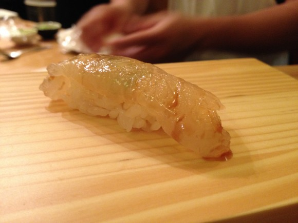 tanoshi - sushi 1 fluke cured in kelp