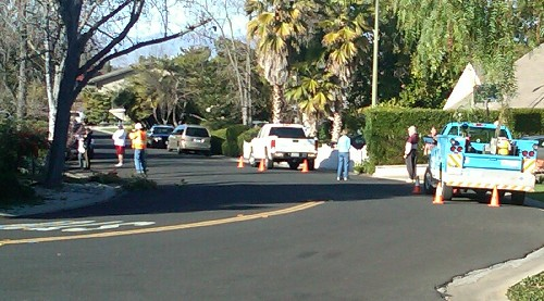 Belblossom police neighbors PGE - Sound of explosion at Belblossom and Westhill, gardener injured, in east Los Gatos