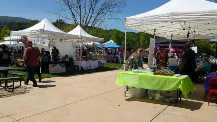2019 04 14 Belwood Craft Fair with many stalls and booths - Spring Craft Fair at the Belwood of Los Gatos Cabaña