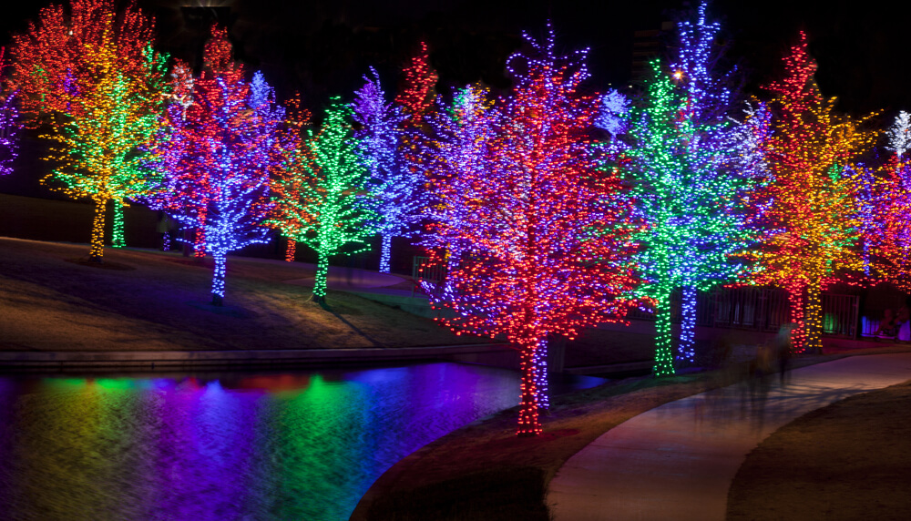 Picture of New Braunfels during Christmas.