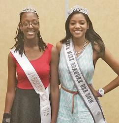 Miss Jabberwock 2015 Sydnee Evans (L) and Miss Roanoke Teen USA Kaitlyn Shaw.