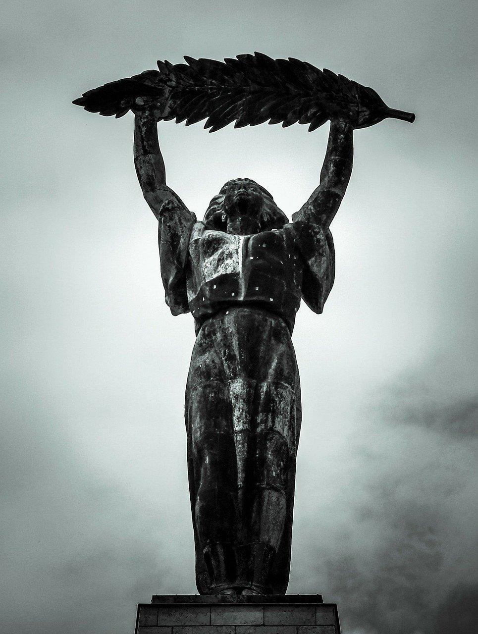 statue of liberty hungary
