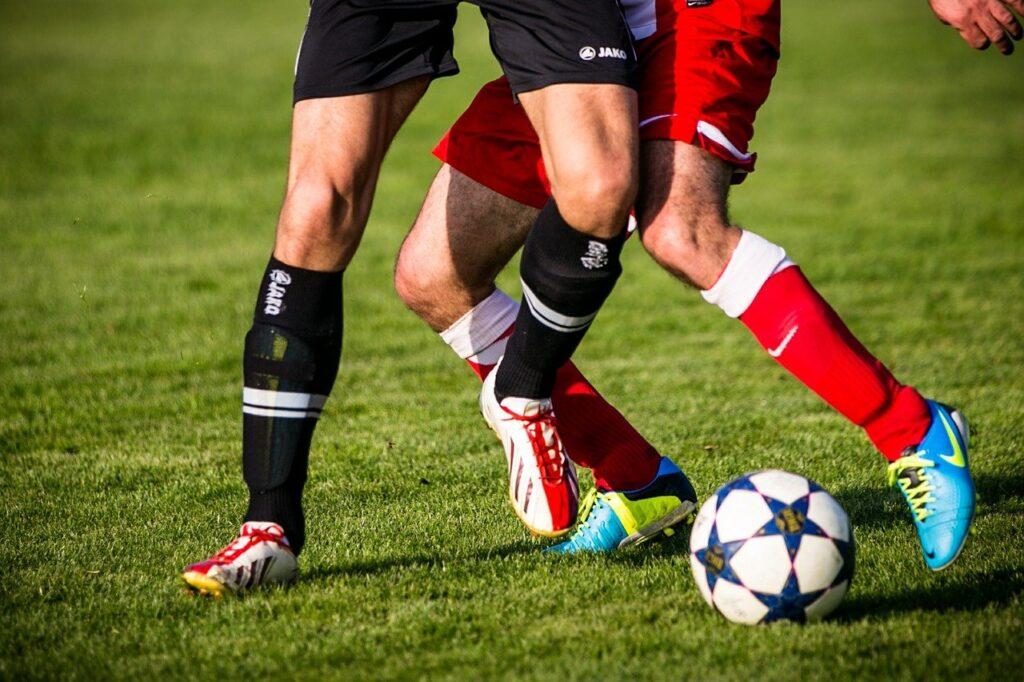 soccer, football, support-606235.jpg