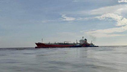 Colombia: Buque vara en canal de acceso de la zona portuaria de Barranquilla