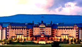 Mount Airy Casino & Resort - Poconos Vacation Getaway @MountAiryCasino 18
