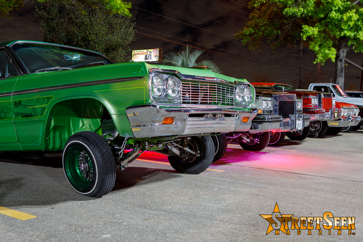 10004_Lowrider_Cruz_Night