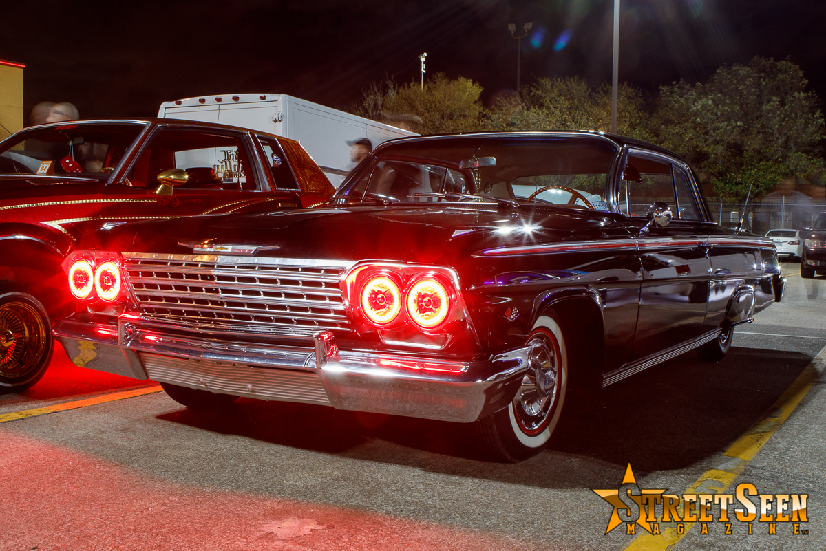 10069_Lowrider_Cruz_Night