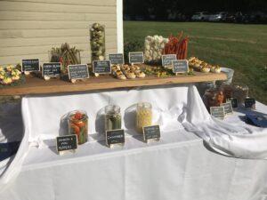 Pickle bar display