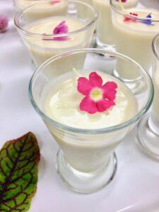 white gazpacho soup