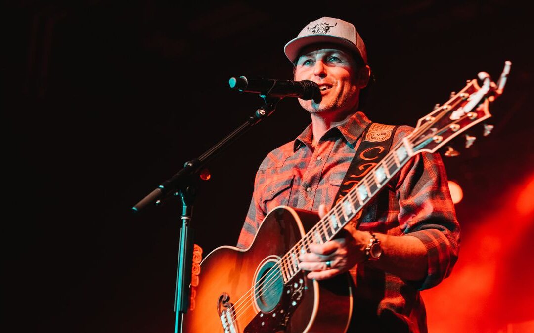 Casey Donahew is returning to Sioux Falls!