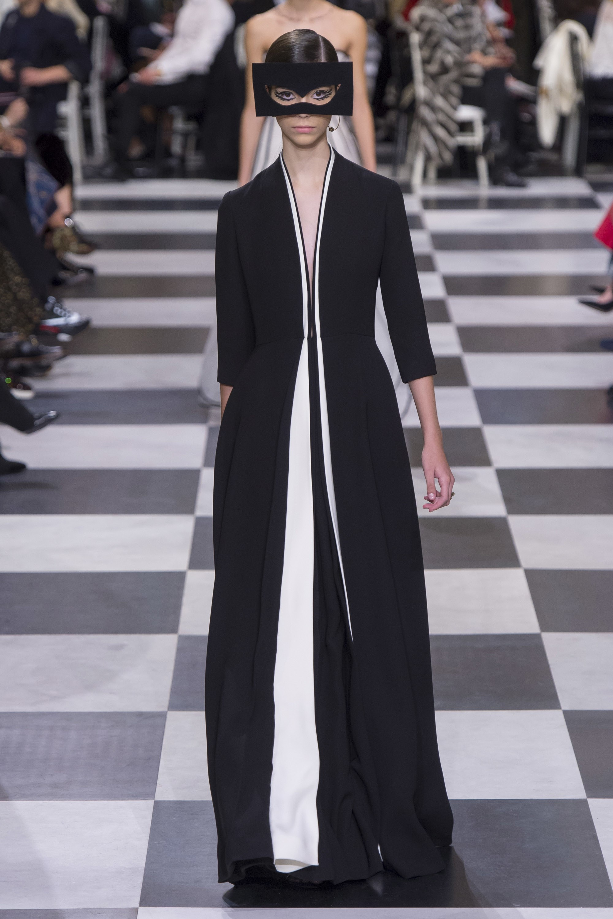 Historical Dramatics,Christian Dior Couture 2018 Forever Chic by Meg