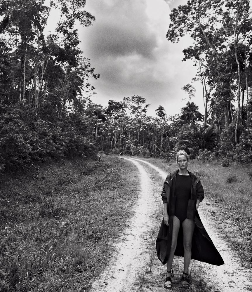 Jungle Chic Carolyn Murphy The Icon Forever Chic by Meg
